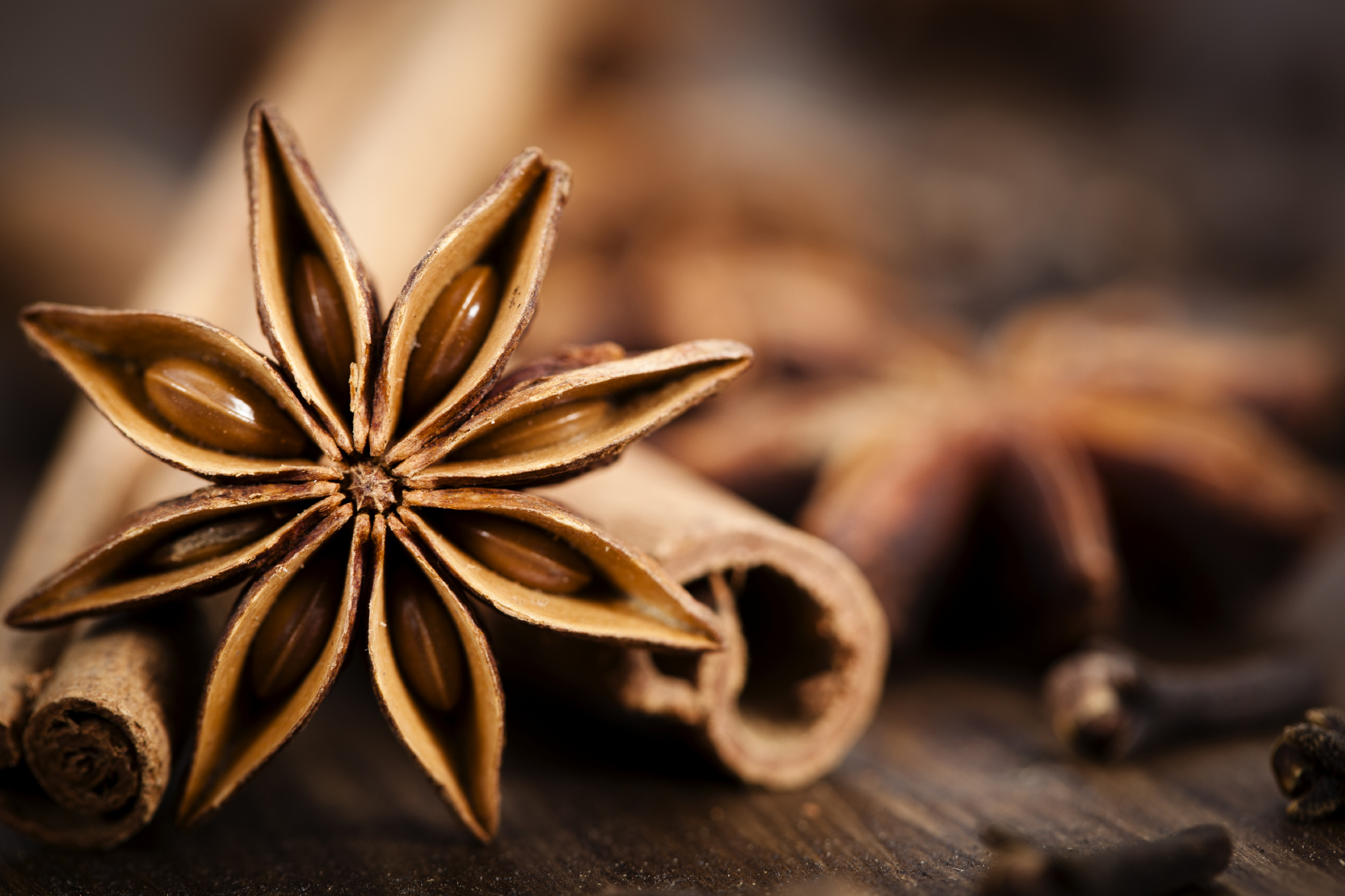 A Storied Christmas Cocktail Recipe   Mulled Spiced Rhum Infusion
